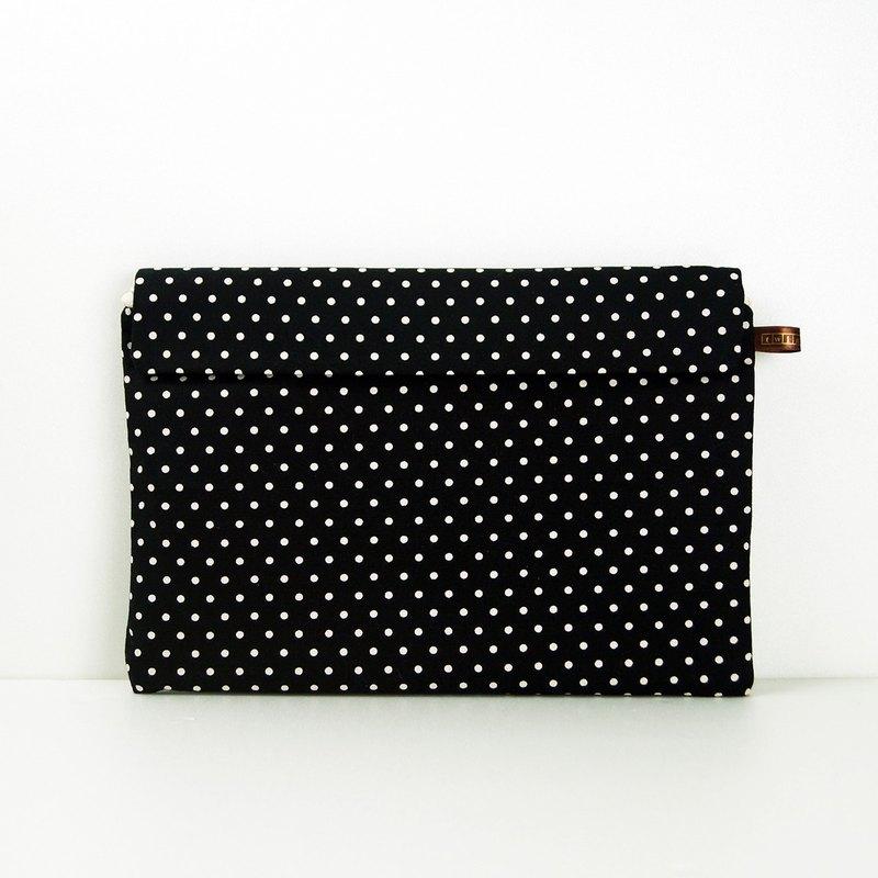 時尚筆記 - 細緻質感平板包 - 點點黑