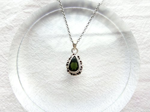 Green tourmaline 925 sterling silver water drop lace necklace Nepal handmade silverware