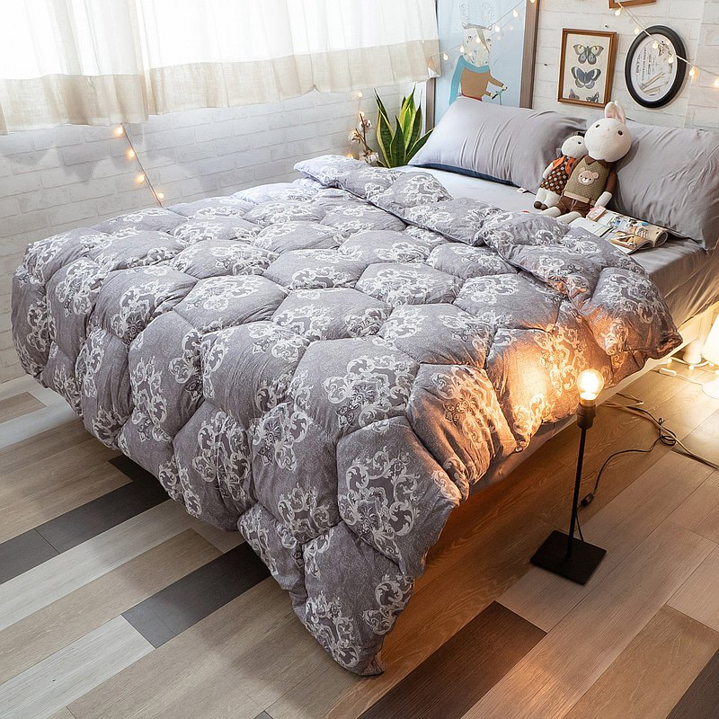 Top-quality feather velvet quilt for double 6 feet * 7 feet in three colors optional for warmth and constant temperature