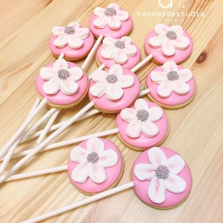 Wedding small things - pink frosting flowers lollipop (10) by anPastry