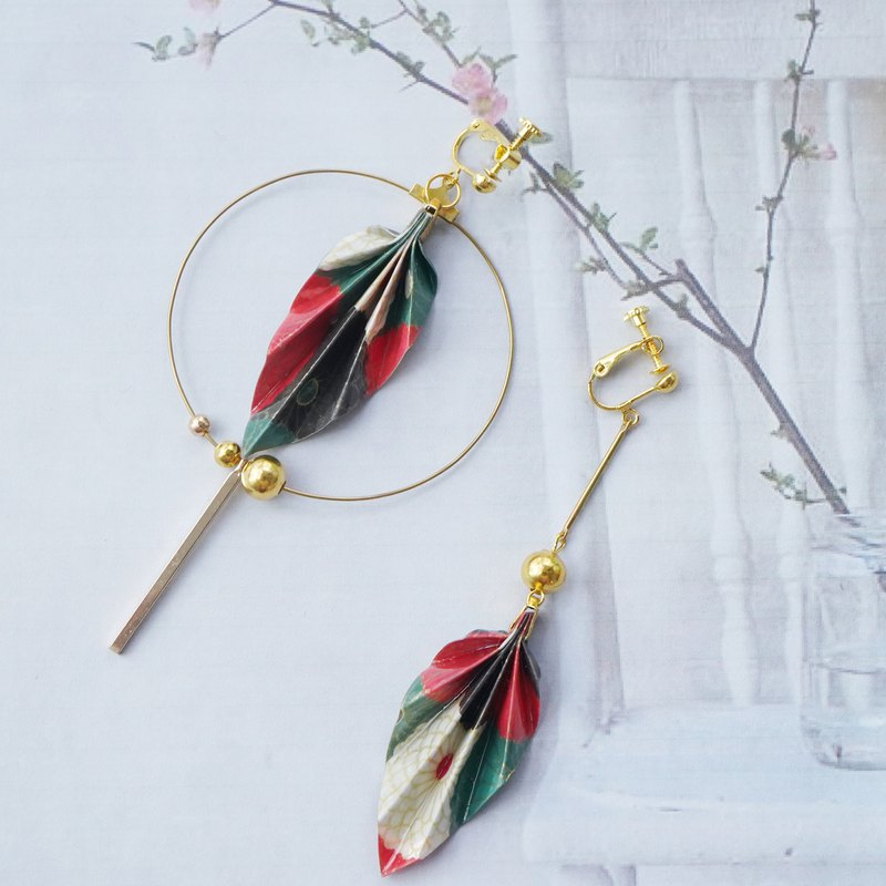 Chinese style asymmetric origami leaf earrings