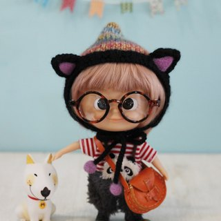 Holala, wearing straight hair wig size hand-woven merino wool dye cat cap black cat models