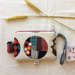round. Dance music. Fish with caudal fins - hand purse / cosmetic bag / sundries bag - light and practical