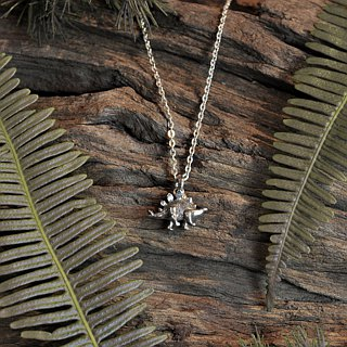 Hairy Silver [Childhood Fun - Stegosaurus Solid Solid Silver Necklace]