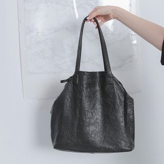 Lake water rippled light carrying shoulder bag mother bag black