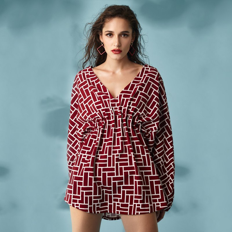 Marthe - Beach Cover Ups Color: Currant (CRBW43)