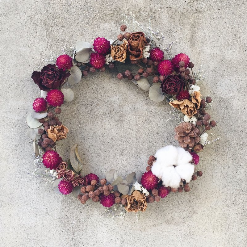 Hand drying cotton pinecone wreath wreath stock