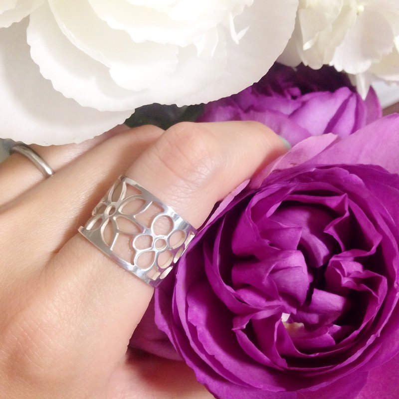 Silver 950 ring such as painting : Flowers design/US size 5-10<unisex>