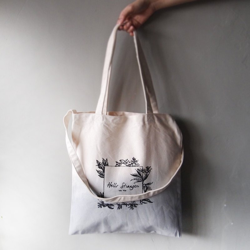 Three generations of new Toth Hello Stranger light gray strap cotton canvas hand-dyed tote bag