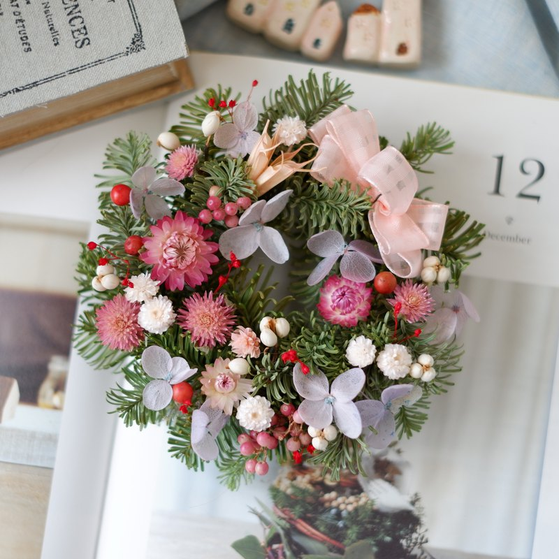 To be continued | Pink Bubble Dry Flowers Do Not Wither Fruit Nobel Pine Wreath Spot