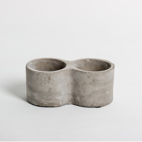 Double circular cement pots device