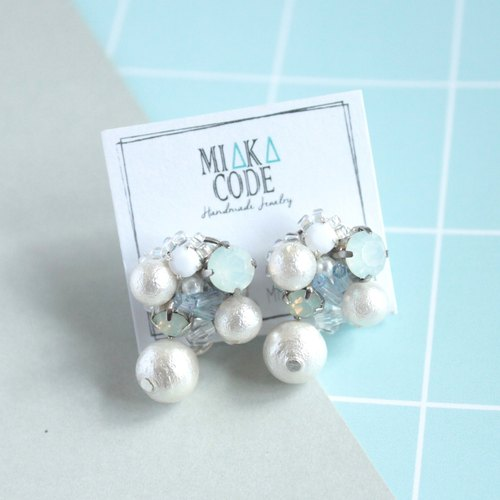 Hand-beaded Jewelry with Cotton Pearls Earrings/Ear-clips