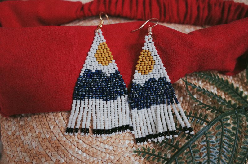 Sun and Sea Landscape Series Beaded Earrings (turnable ear clips)