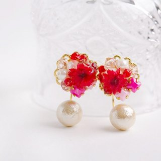 Elegant Earrings dry Flower (Red)