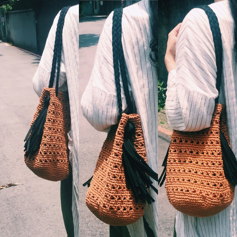 Hand-woven material bag - hollowed out towel bag