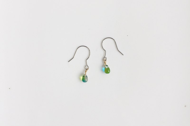 Transparent green versatile simple raindrop style earrings