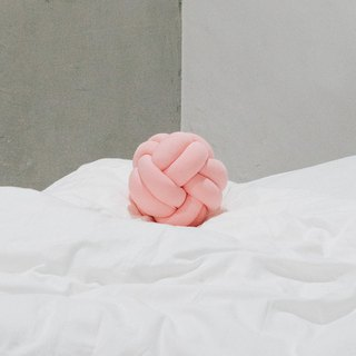 Small World of Palm | Braided Ball | Pink