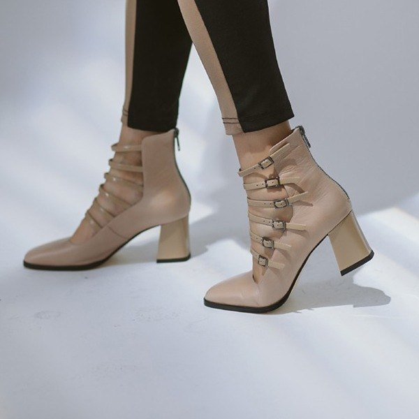 Fine line buckle square head retro leather thick heel apricot