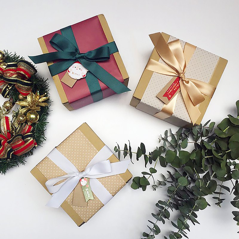 Plus purchase gift packaging Must match with product purchase