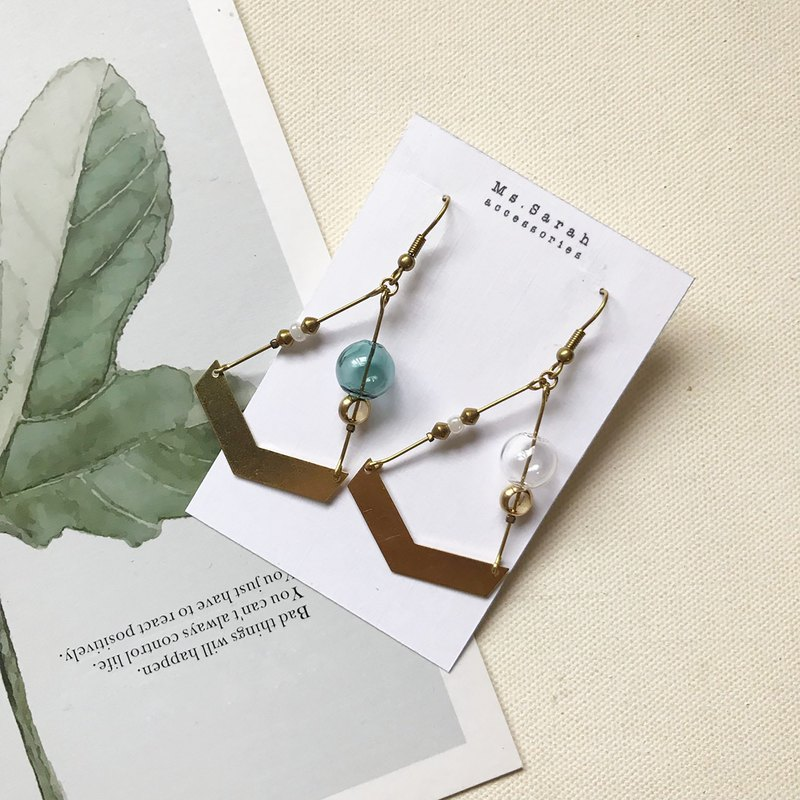 Exotic bubble _ brass earrings _ dark green and transparent (can be changed)