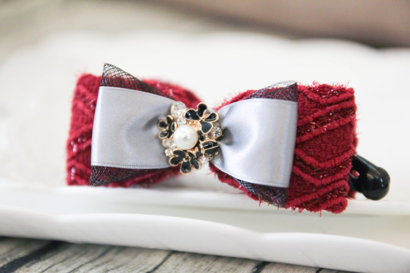 Sweet House wine red mane bow banana clip