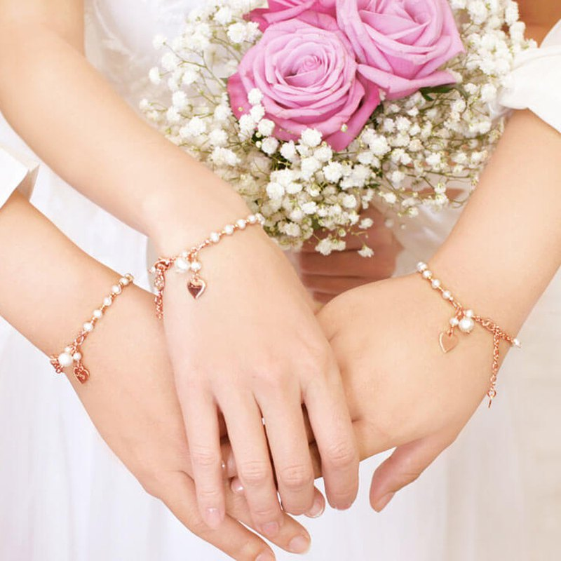 Bridesmaid Gift Rose Pearl She Lovely Custom Bracelet 2 into the preferential group sister ceremony #生日礼