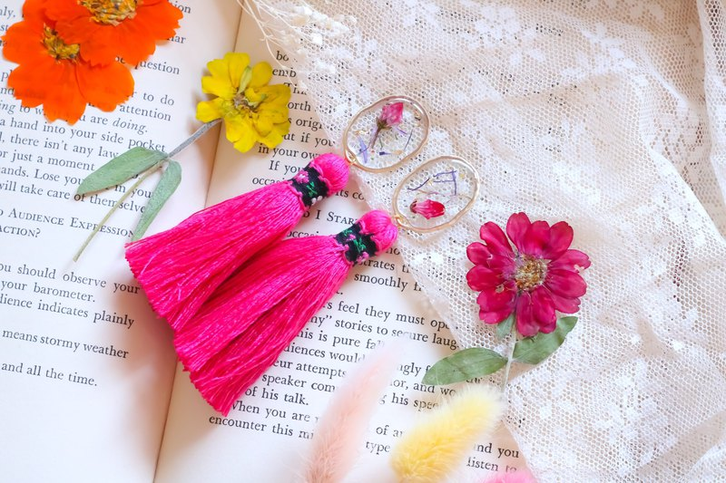 Flower Resin Tassel / Pink
