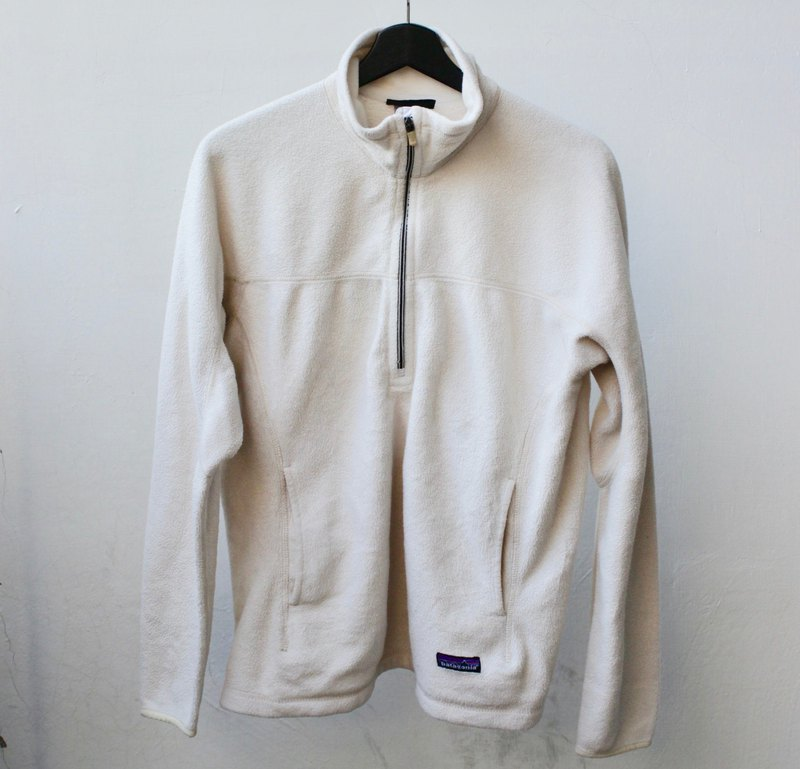 Patagonia pullover blouse fleece