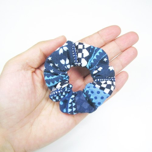 Handmade mini hair circle / hair bundle - indigo debris
