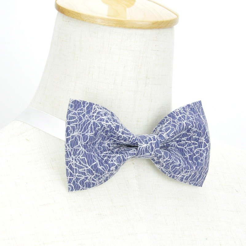 Italian cloth bow tie, blue and white bow tie, white bow tie, handmade bow tie,