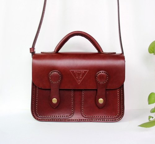 Vintage Cambridge bag, messenger bags red wine, vegetable tanned leather ladies bags, double buckle shoulder bag, leather bag, free lettering, personalized gifts