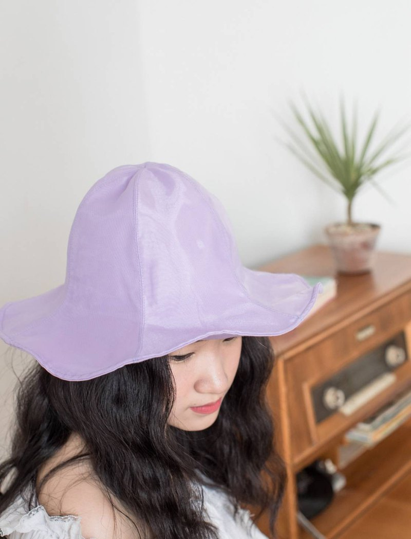Limited edition hat style cute girl