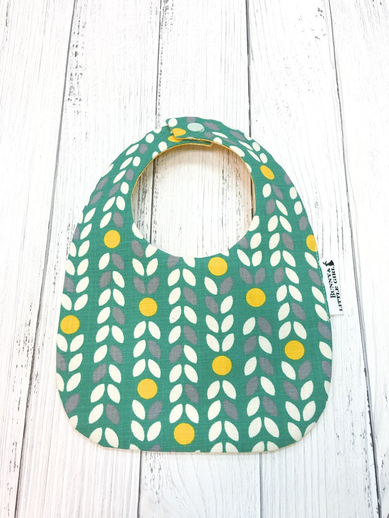 Double-sided bib - green leaf