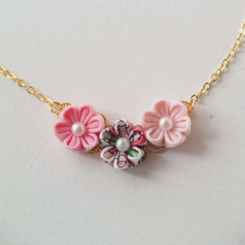 Lovely Pink Fabric Flowers 16KGP Chain Necklace Custom