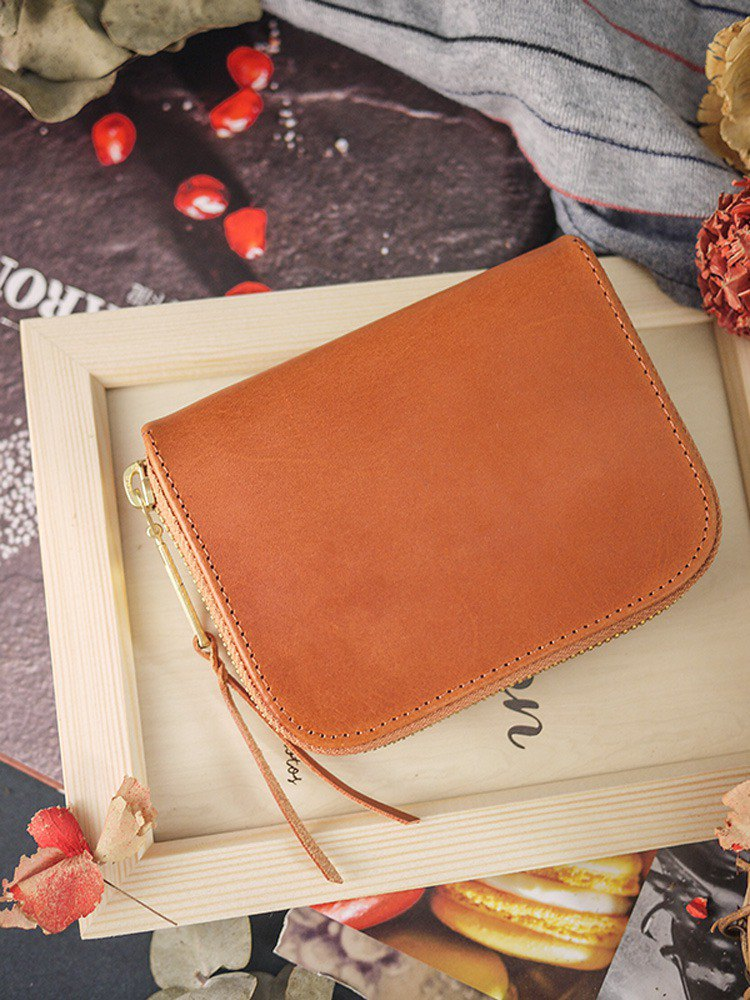 Caramel brown. Vegetable tanned leather short wallet / wallet / wallet / coin wallet