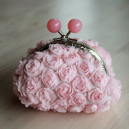 [YH x] Rose Lace Series Patchwork mouth gold purse - pink candy