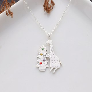 Ni.kou sterling silver Christmas giraffe necklace (gift Christmas giraffe postcard)