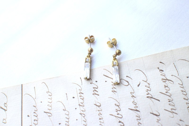 Graceful-zircon brass earrings