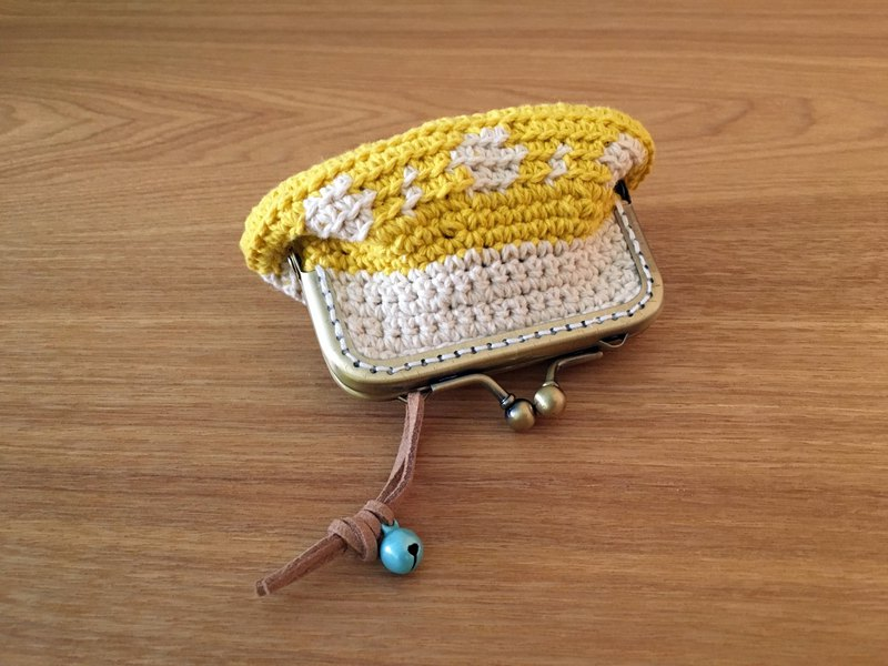 Own woven gold coin purse egg color matching