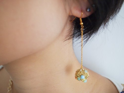 Japanese round wonderful people hand woven simple gold copper with jelly color beads hanging earrings