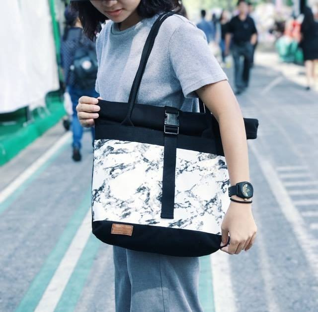 Roll tote01