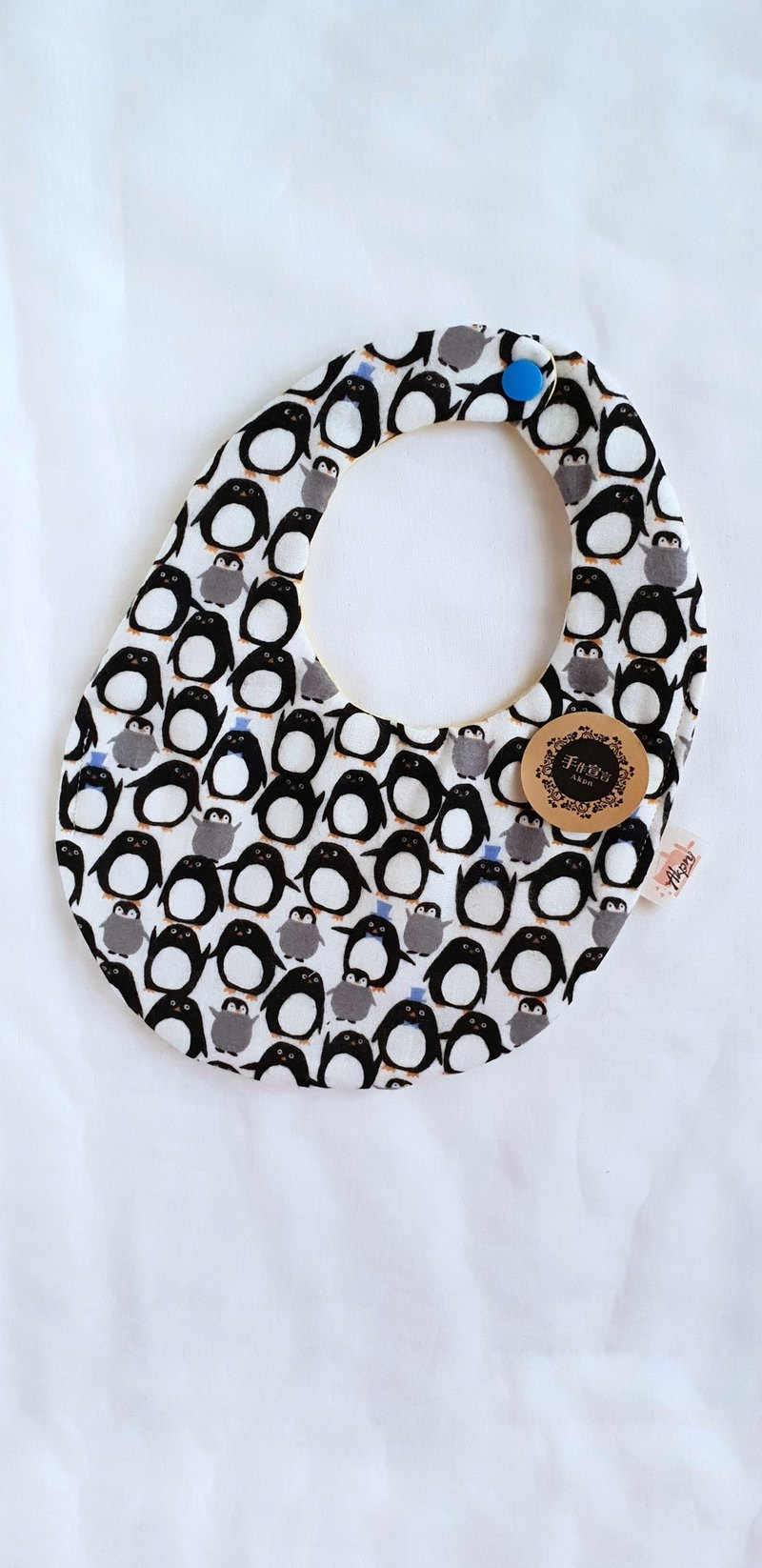 Penguin eight-layer yarn cotton egg double-sided bib