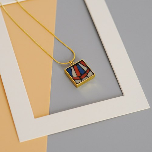 Retro Dancer Mosaic Mosaic Gold Necklace 18k Gold Plated Square Pendant Retro Color Contrast Long Chain