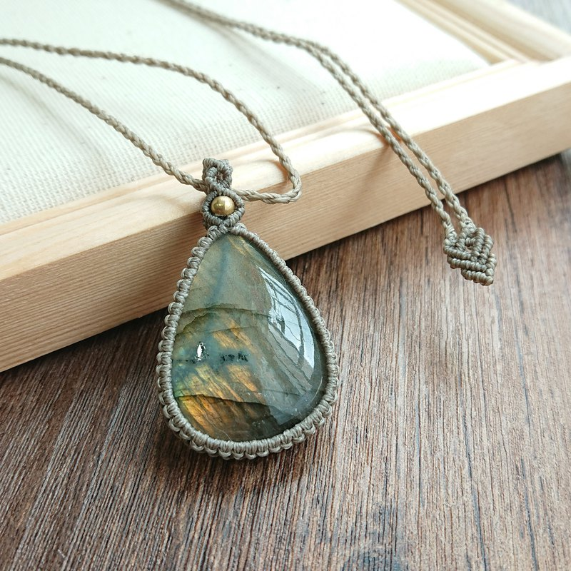 Misssheep-P01 Bohemian folk style wax weaving brass labradorite necklace