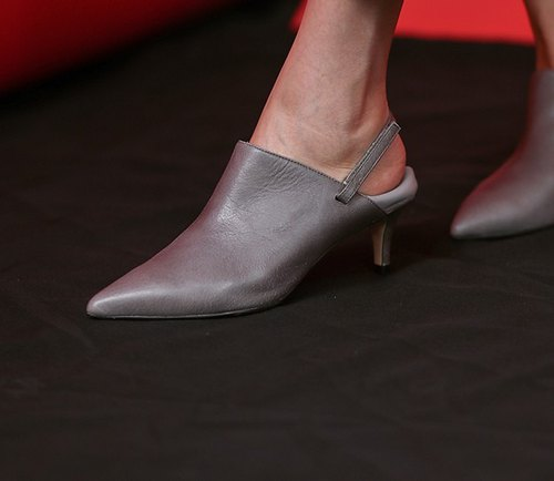 [Exhibition product clear] soft leather heel can step on leather pointed fine with gray