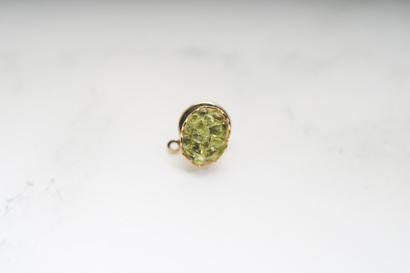 [Antique Jewelry / Old Western Items] VINTAGE Mini Green Imitation Gem Vintage Pin