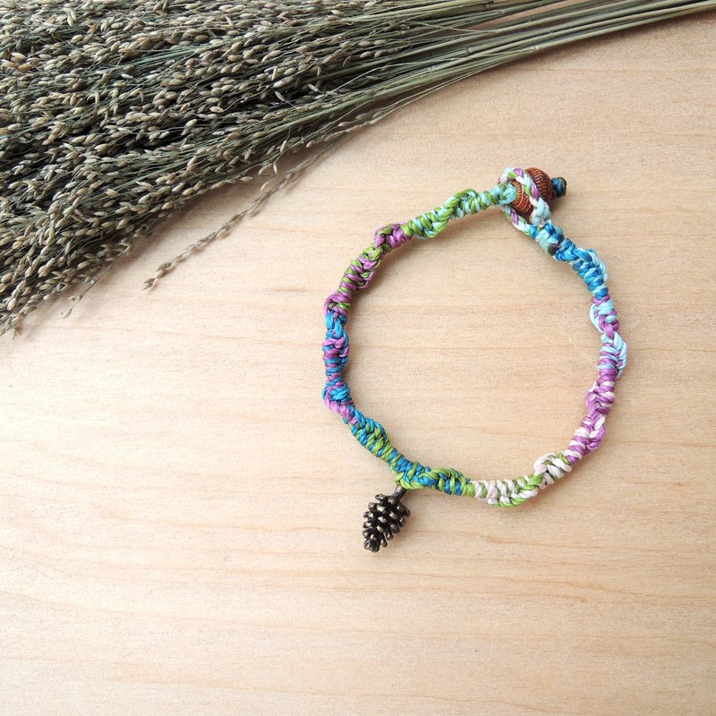 Pinecone Evergreen / Natural Stone x Brazilian Silk Wax Line Bracelet
