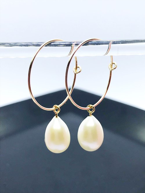 K14GF Round Pearl Earrings