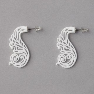 mollis white earrings