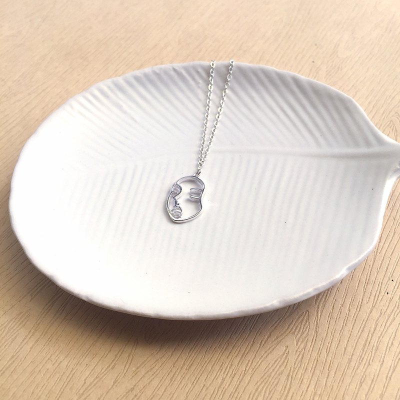 His/her face | hollow solid | portrait | sterling silver necklace
